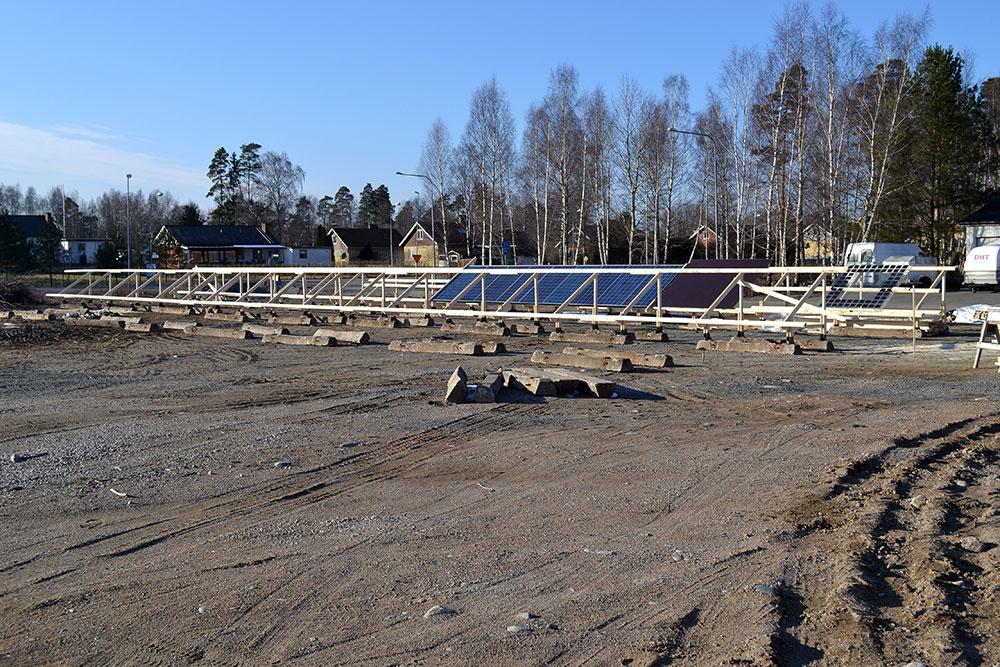 Byggnation av solcellspark hästveda